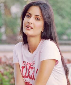 Katrina Kaif Cute Face Look Pic