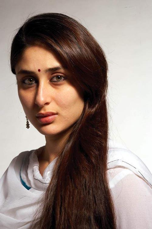 Kareena Kapoor Cool Look Pic