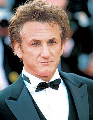 Actors Sean Penn And James Franco Shared A Passionate Kiss In The Film Milk.Franco Later Revealed That It Was Uncomfortable Due To Penn's Beard