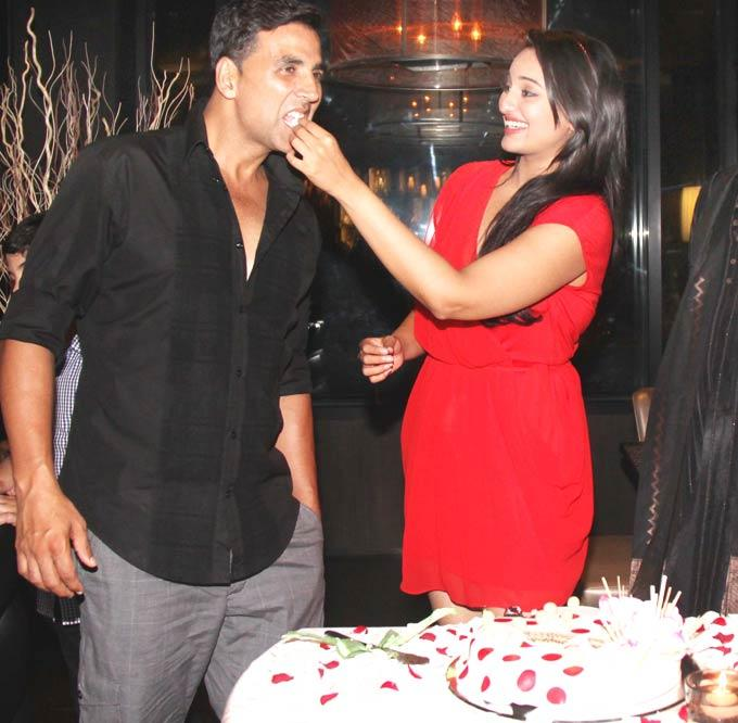 Akshay Kumar at Sonakshi Sinha Bithday Party