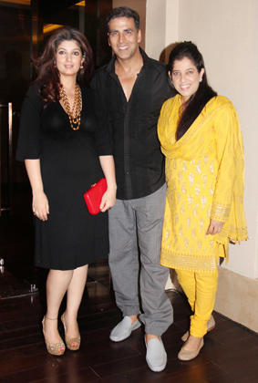 Akshay,Twinkle and at Sonakshi Bithday Party
