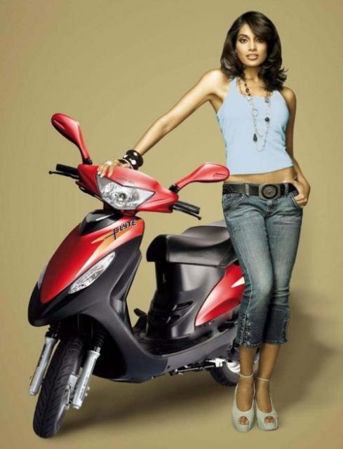 Bipasha Basu Posing With Scooty