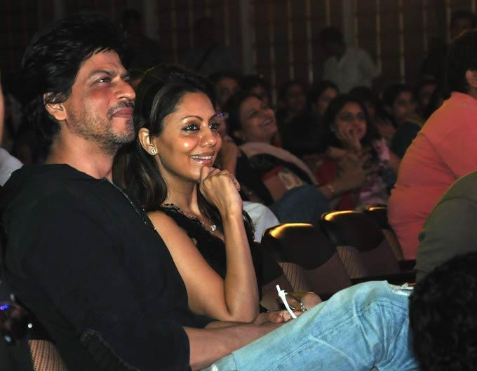 Shahrukh And Gauri Watch Daughter Suhana's Dance Performance