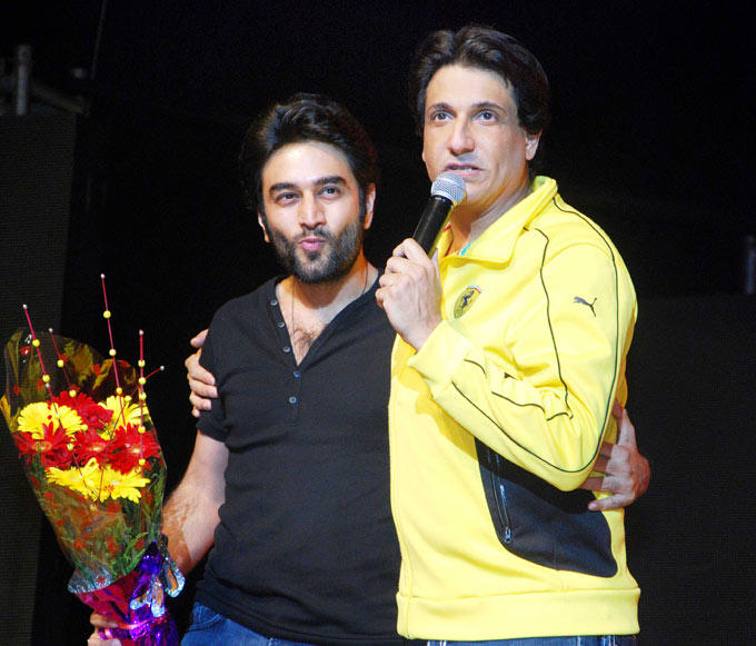 Shekhar Ravjiani And Shiamak Davar At Stage