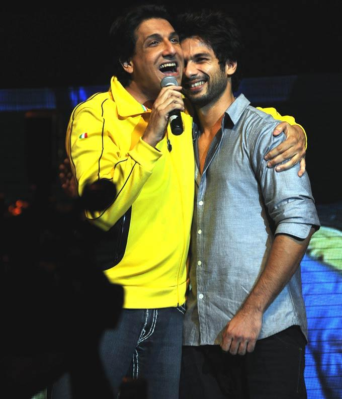 Shiamak With Shahid Smiling Pic