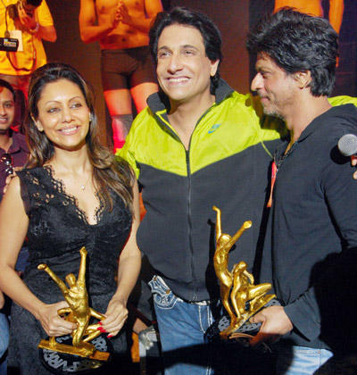 Shiamak,Shahrukh And Gauri At Summer Funk Show