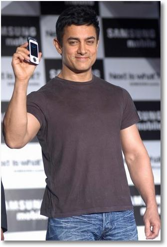 Aamir Khan Samsung Mobile Launch Pic
