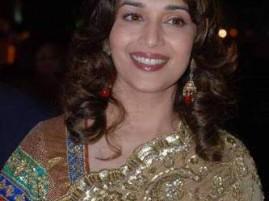 Madhuri Dixit Gorgeous Smile Pic at Jhalak Dikhla Jaa