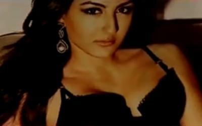 Soha Ali khan Hottest Pic