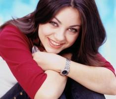Mila Kunis Beautiful Smile Glowing pic
