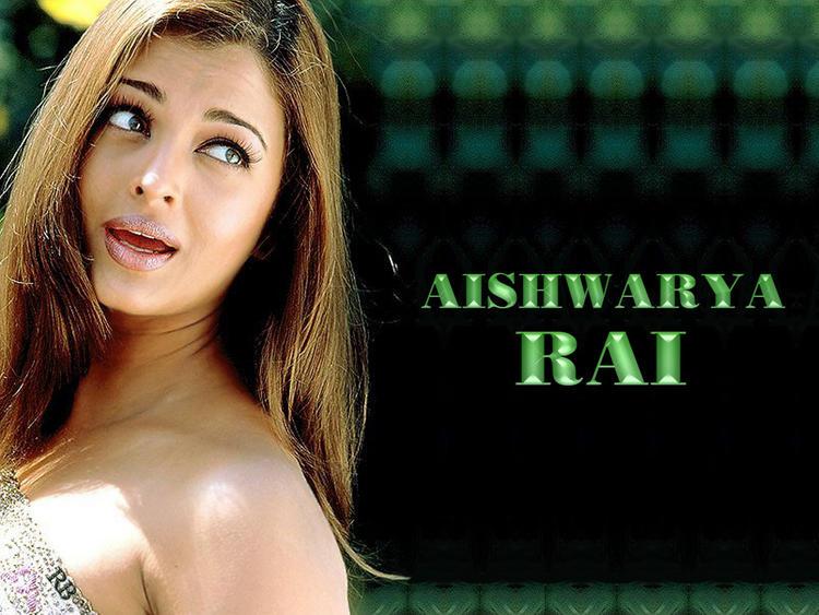 Aishwarya Rai Cute Stunning Look Wallpaper