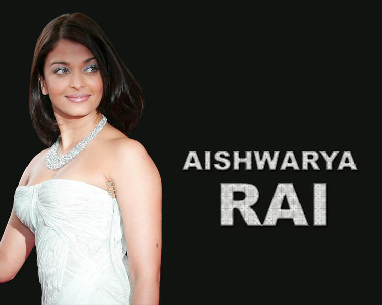 Aishwarya Rai Shiny face Look Wallpaper
