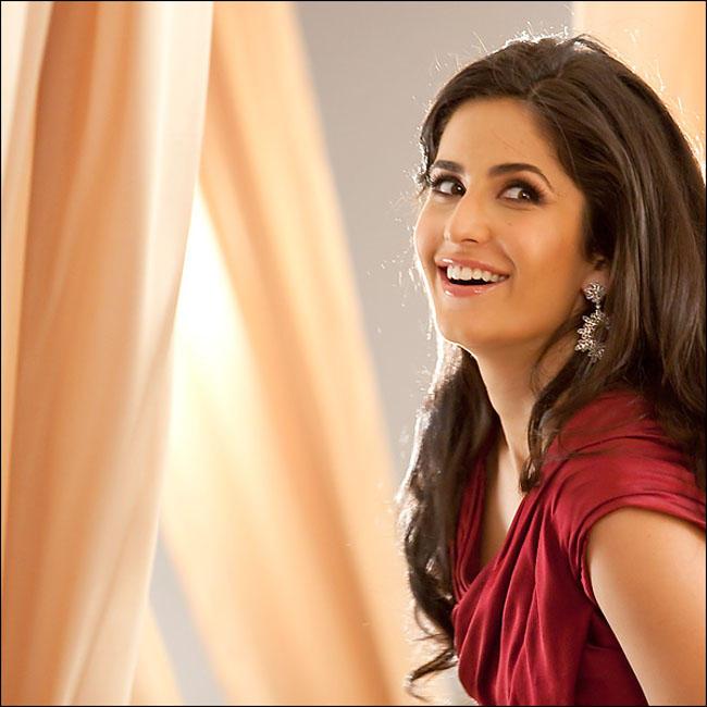 Katrina Kaif Cute Face For Lux