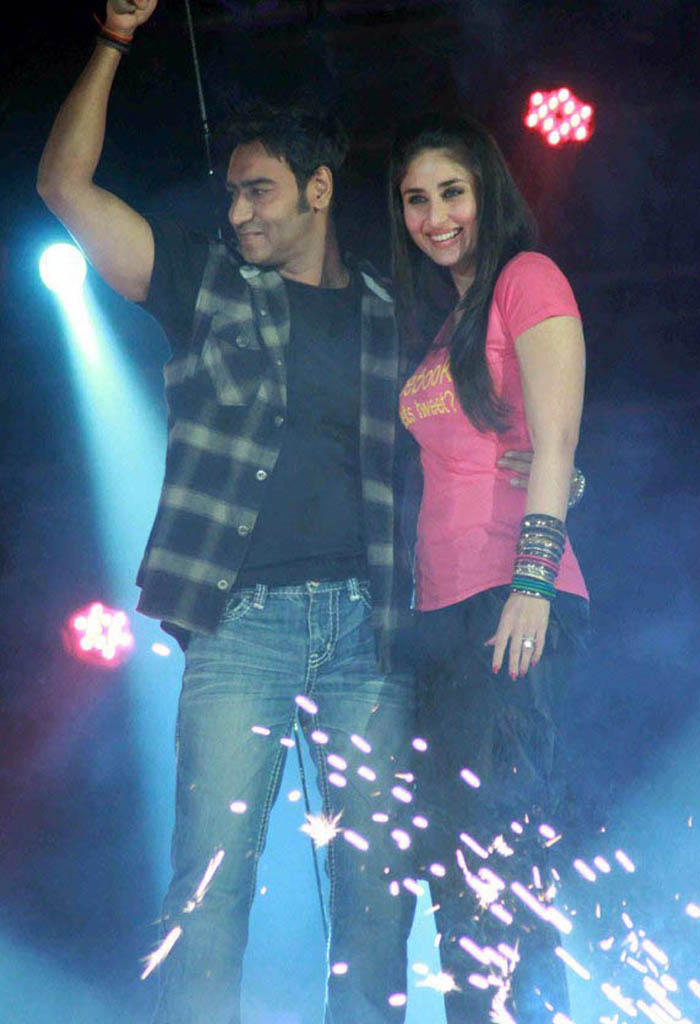 Kareena Kapoor and Ajay latest Pic