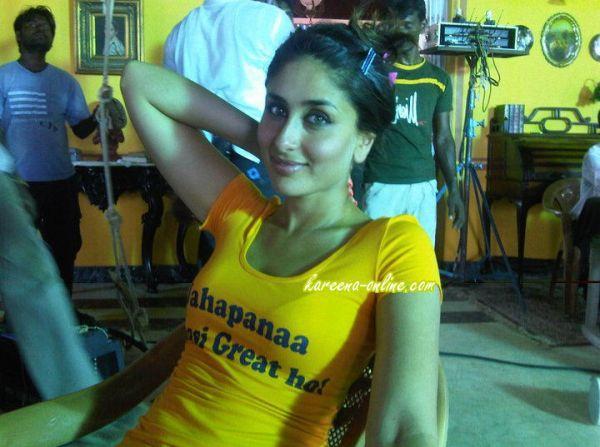 Kareena Kapoor On The Sets Of Golmaal