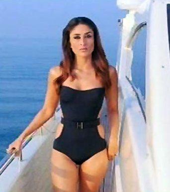 Kareena Kapoor Shocking Pic in Black Swimsuit