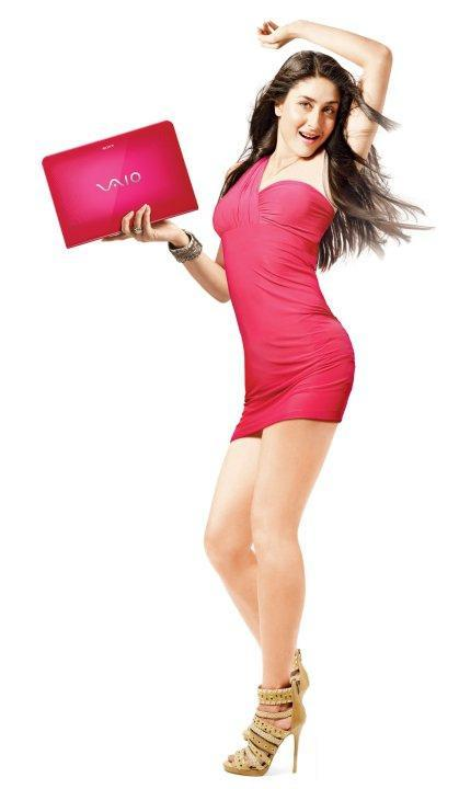 Kareena Kapoor Sony Vaio Hot Pic