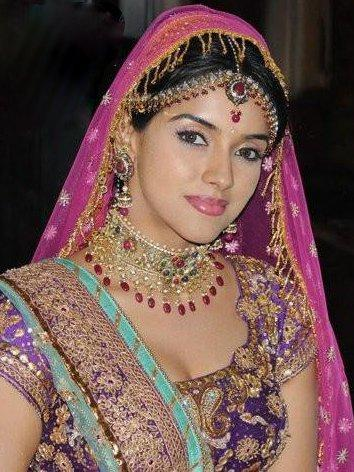 Actress Asin Beauty Still in Bollywood Film Ready
