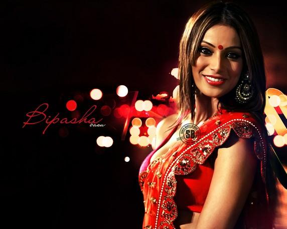 Bipasha Basu Looking Beautiful In Red Gorgeous Saree