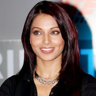 Bipasha Basu Looking Very Gorgeous