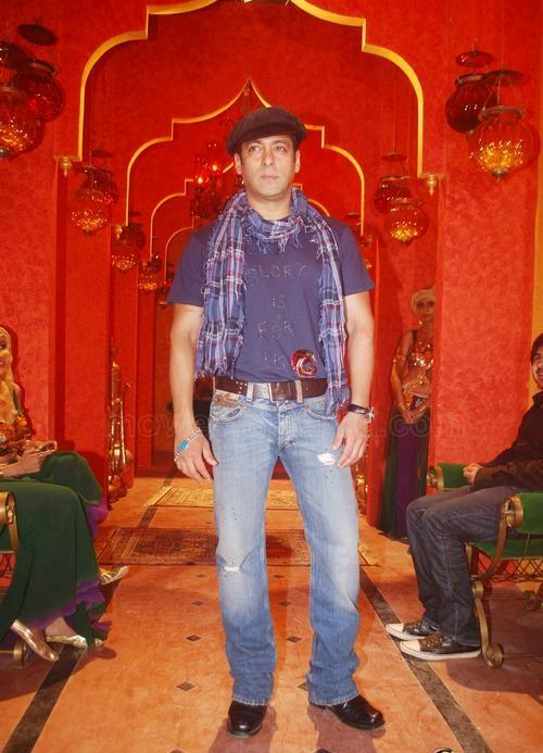 Salman Khan Stylist Look Stills In Bigg Boss