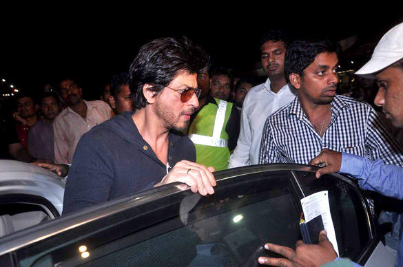Shahrukh Khan At Airport