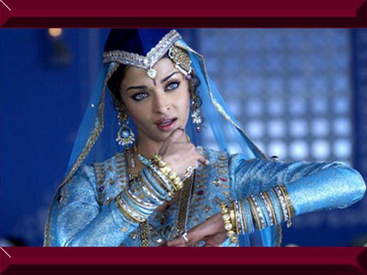 Aishwarya Rai Mujra Dance Pic