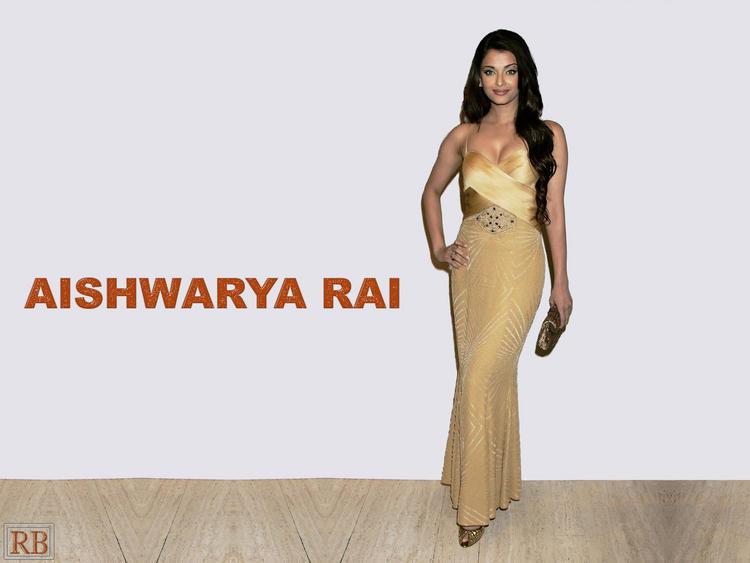 Aishwarya Rai Stylist Pose Wallpaper