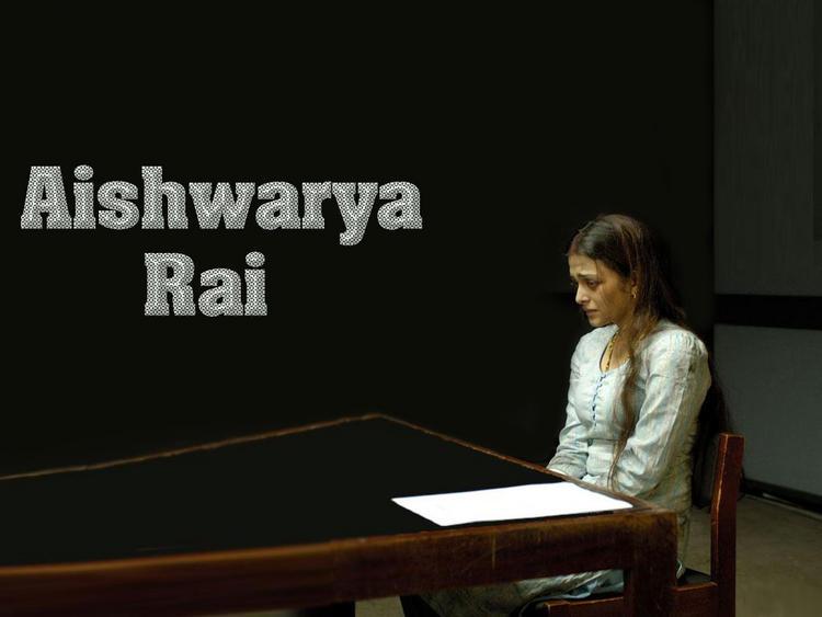 Bollywood Actress Aishwarya Rai Wallpaper