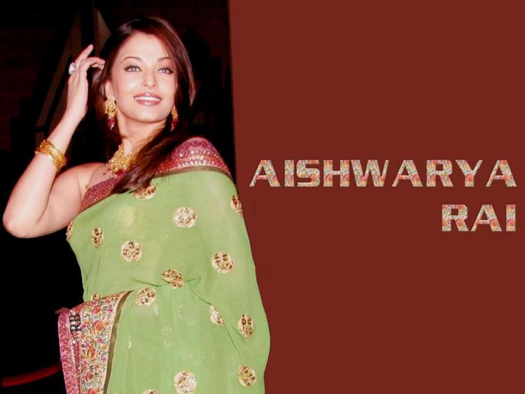 Gorgeous Beauty Aishwarya Rai In Green Saree