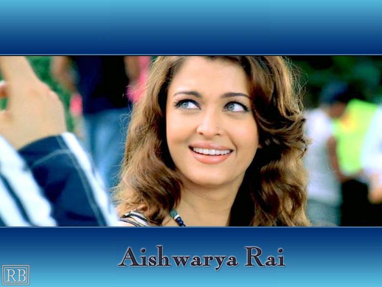 Green Eyes Beauty Aishwarya Rai Wallpaper