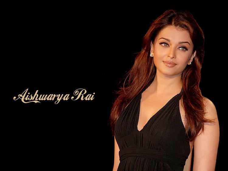 Hot Beauty Aishwarya Rai Wallpaper