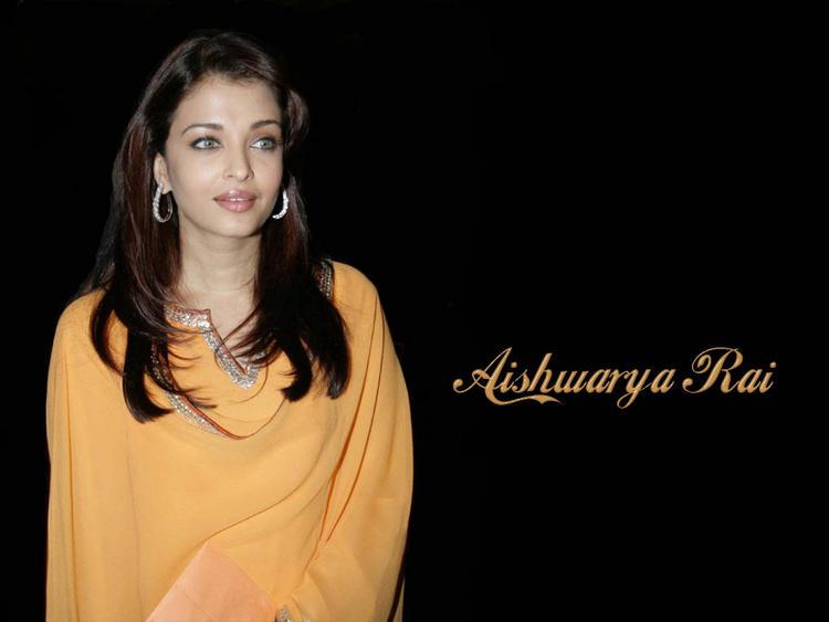 Super Sexy Aishwarya Rai Wallpaper