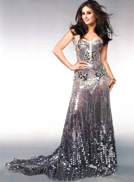 Kareena Kapoor In Amazing Gown Beauty Sexy Pic