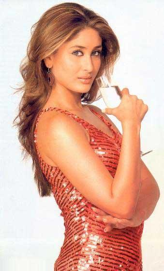 Kareena Kapoor Hot and Bold Still