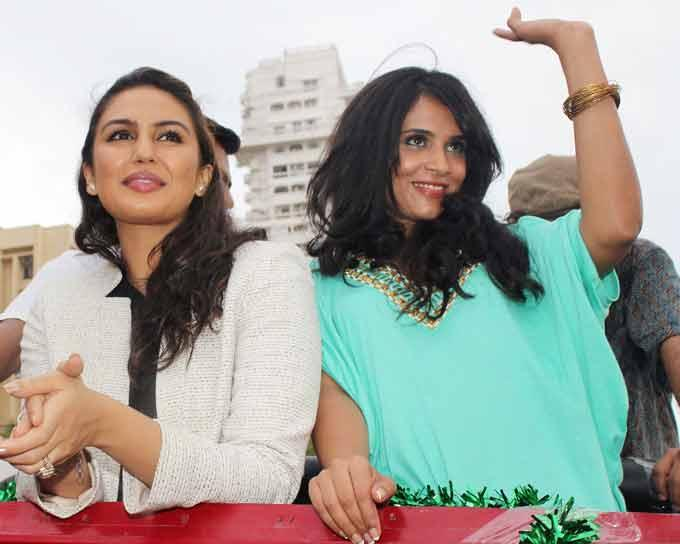 Huma And Richa Greets The Fans