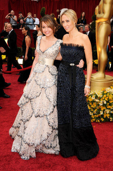 Miley Cyrus and Tish Cyrus In Amazing Gown Pic On Red Carpet