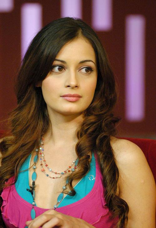 Diya Mirza Looking Very Beautiful