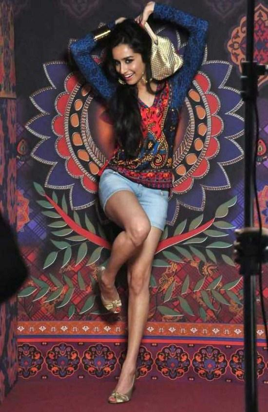 Shraddha Kapoor Sexy Pose Photo