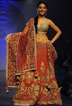 Amrita Rao Beautiful dress Awesome Still Om Ramp