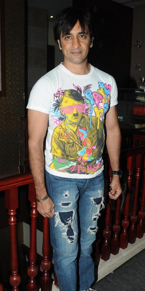 Rajev Stylist Look At Anjali Pandey's Birthday Bash