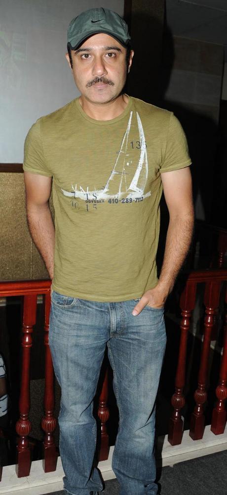 Vivek Mushran At Anjali Birthday Bash