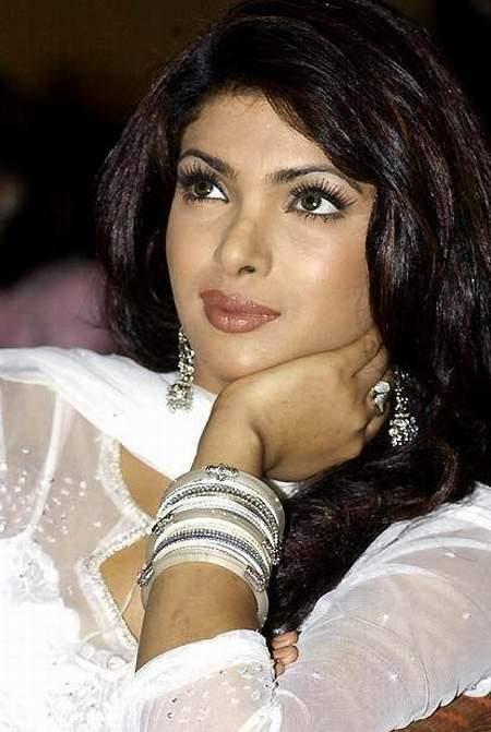 Priyanka Chopra NIce Stills