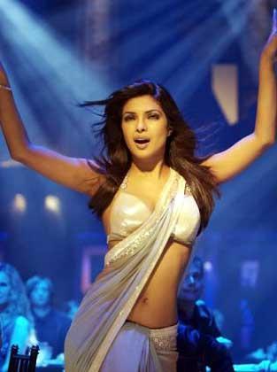Priyanka Chopra Sexy Dance In Dostana