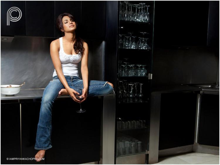 Priyanka Chopra Sexy Photoshoot