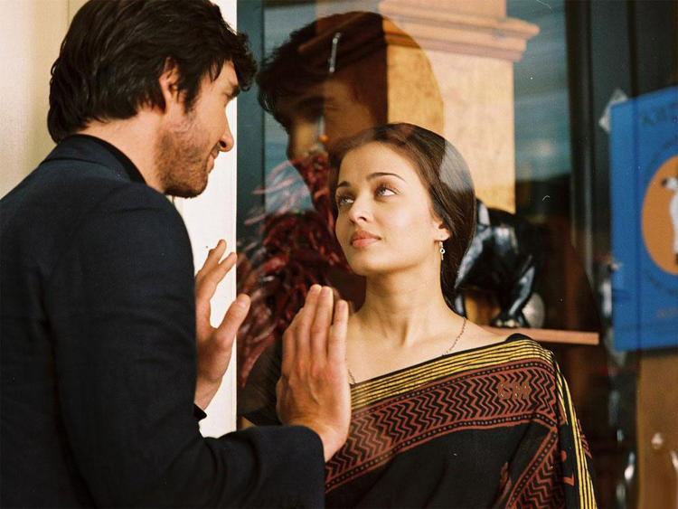 Aishwarya Rai On Romantic Mode Pic