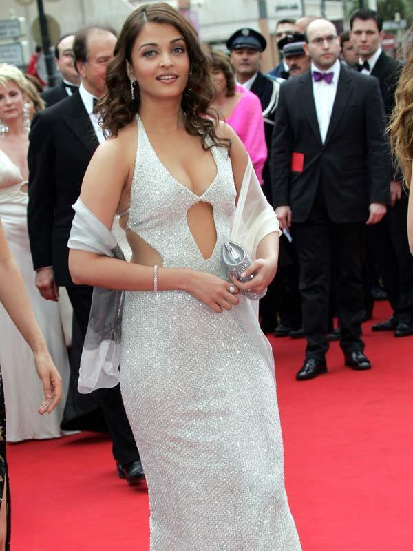 Aishwarya Rai Sexiest Pic At Cannes
