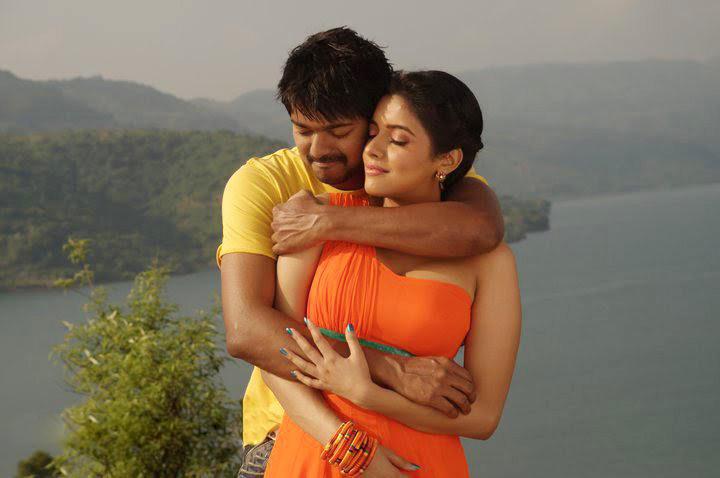Asin Thottumkal Romance Pic