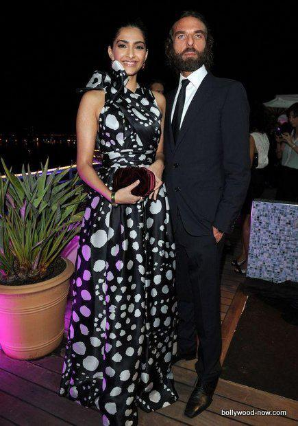 Sonam In a Black Polka Dotted Ruffled Dress at Chopard Event at Cannes 2012 With Naeem Khan