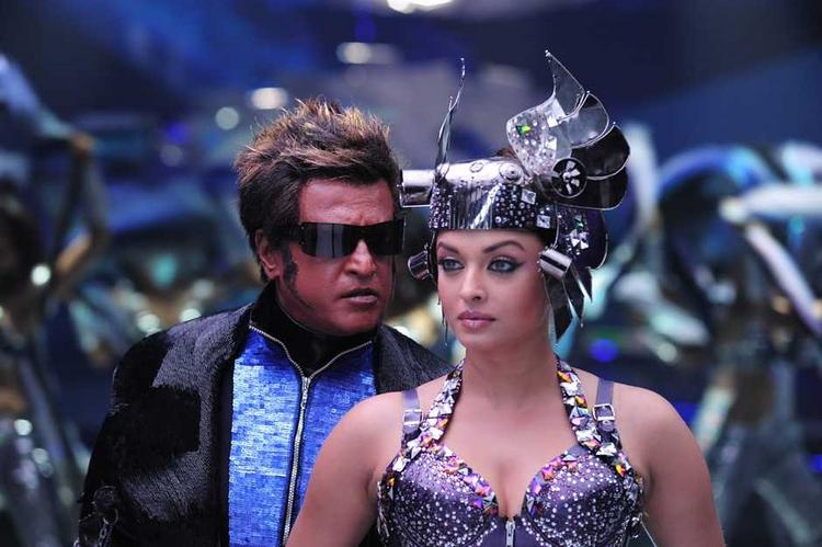 Robot Movie Rajnikath and Aish Dancing Pic